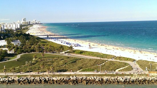 South Beach : A spectacular beach extending for miles