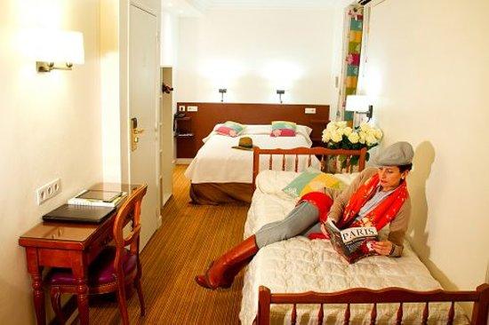 Hotel La Sanguine: Chambre triple