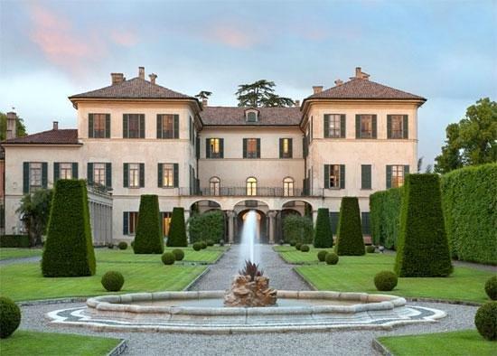 Villa e Collezione Panza: Villa Panza dall'esterno