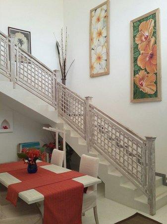 Medina Palms: Beautiful wall hangings