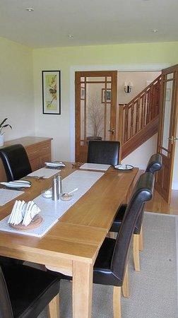 Craigrowan: breakfast table