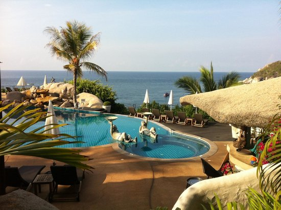 Jamahkiri Resort & Spa: Gorgeous pool & view