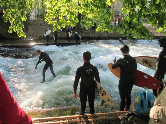 Jardín inglés: SURF
