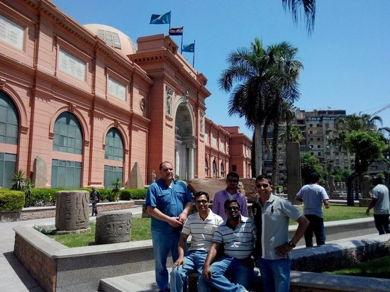 Emad Abu Hadeda - Private Day Tours : Our Team with Mr Emad at Cairo Museum