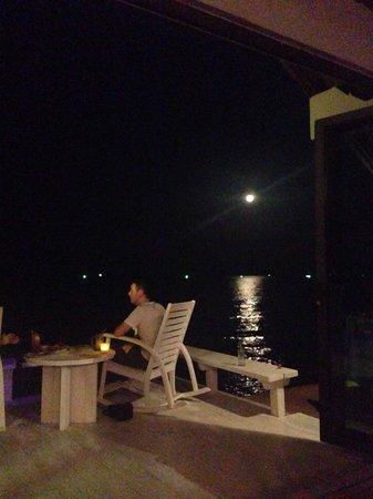 Let's Sea Hua Hin Al Fresco Resort : Dinner with a view.