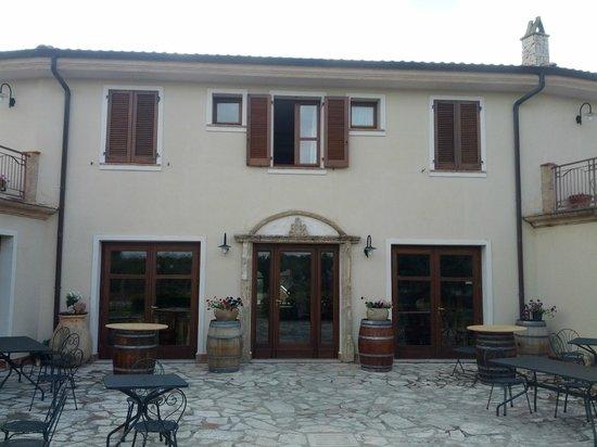Villa Loreto: Facciata ingresso