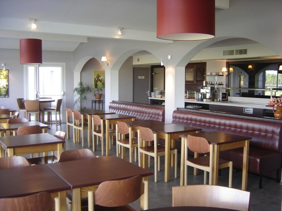 Inter-Hôtel Les Bruyères: SALLE PETIT DEJEUNER