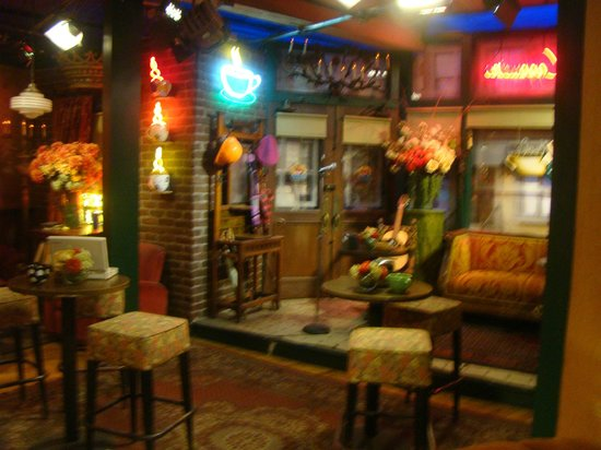 Warner Bros. Studio Tour Hollywood: Studio de filmagem do seriado Friends