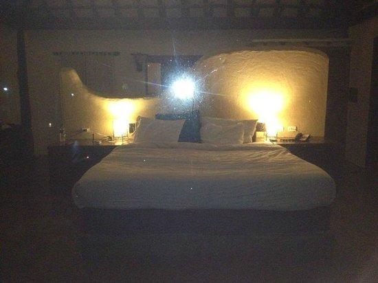 IKIN Margarita Hotel & Spa: Vista desde afuera de la habitación ojo tiene persianas