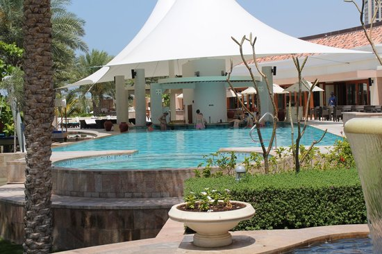 The Ritz-Carlton, Dubai : ERWACHSENENPOOL
