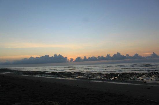 Boca Sombrero: Beach