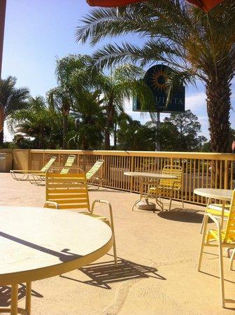 La Quinta Inn Orlando - Universal Studios: terraza