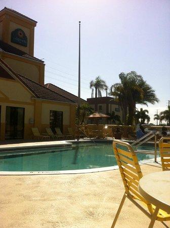 La Quinta Inn Orlando - Universal Studios: simpre se mantenia solo