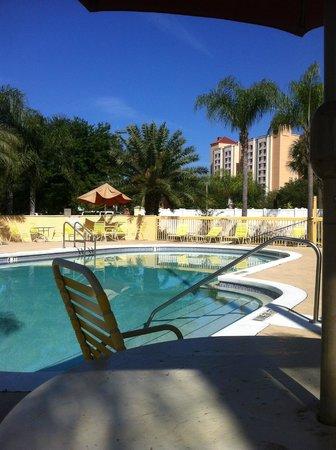 La Quinta Inn Orlando - Universal Studios: vista desde otra zona