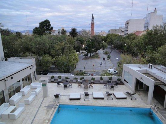 Gran Hotel Provincial San Juan: Vista de la piscina desde la habitación