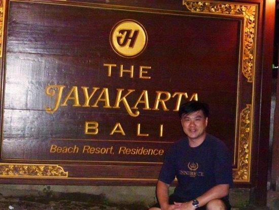 The Jayakarta Bali Beach Resort : nite out evening