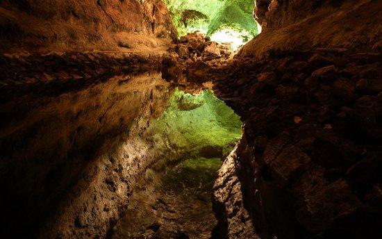 Hesperia Lanzarote : laghetto nella cueva de los verdes