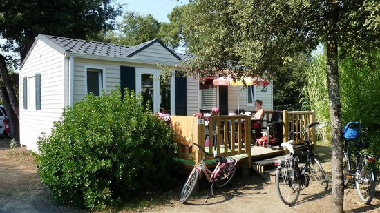La Grainetiere Camping : Un de nos Chalets Mobil