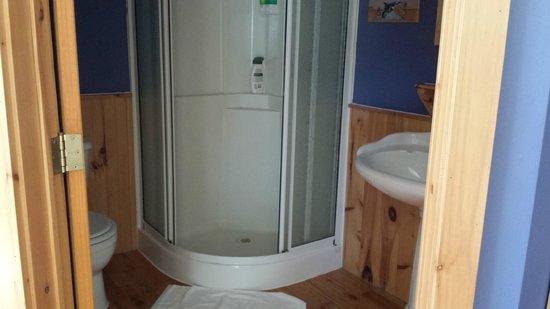 Auberge Beaux Reves Et Spa (Sweet Dreams Inn): very clean bathroom