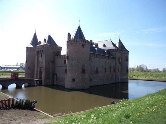 Kasteel Muiderslot : The castle