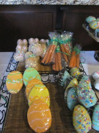 Croissants Bistro and Bakery : Easter Treats-made in house