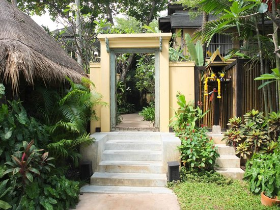 Buri Rasa Village Samui: To the rooms