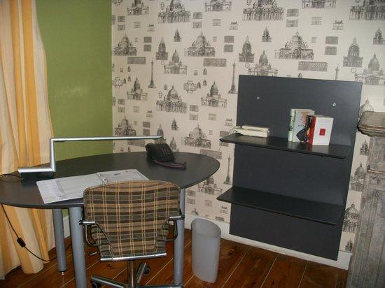 MAS Residence: escritorio