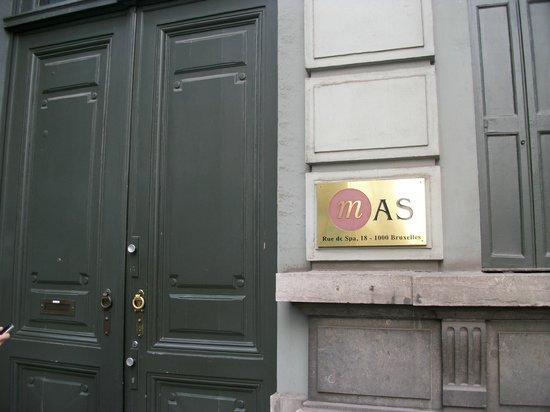 MAS Residence: entrada