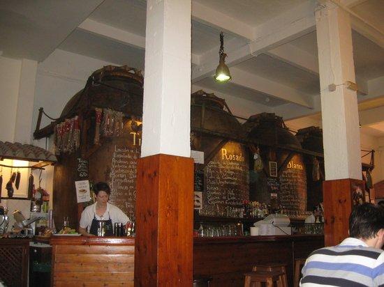 Restaurante Bodegas Mazon : le bar