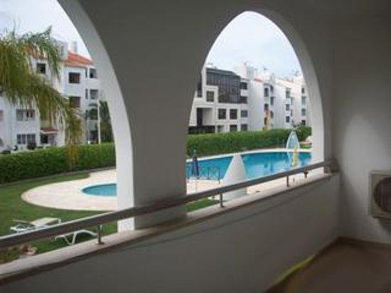 Alagoamar Aparthotel: Terraza del apartamento