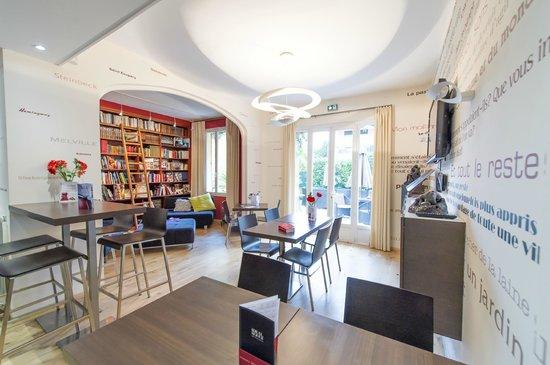 Ideal Sejour Hôtel : à lire ! à lire ! plus de mille livres: littérature, mode, l'art en tout genre, les voyages ...