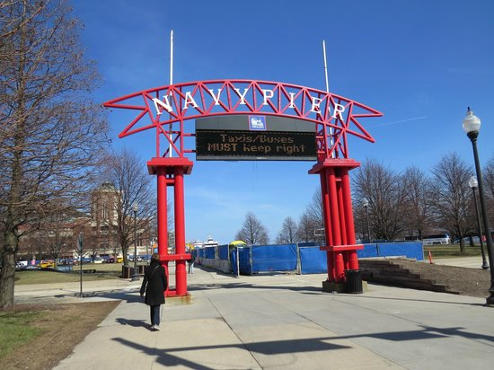 Chicago Shakespeare Theater on Navy Pier: Navy Pier Entrance, photo by Mike Keenan