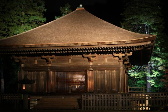 Shiramizu Amidado: 本堂