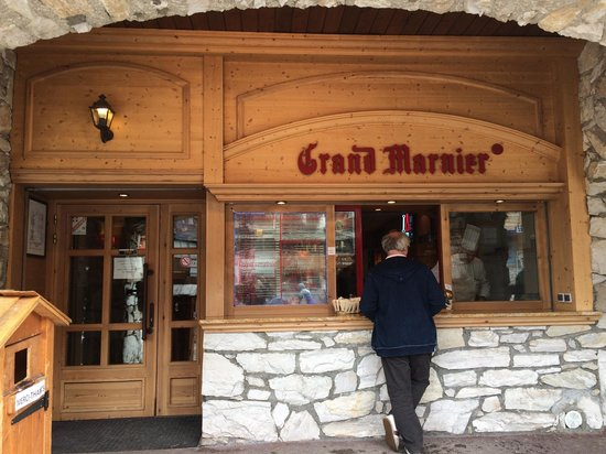 Creperie Au Grand Marnier: Façade  crepes a emporté