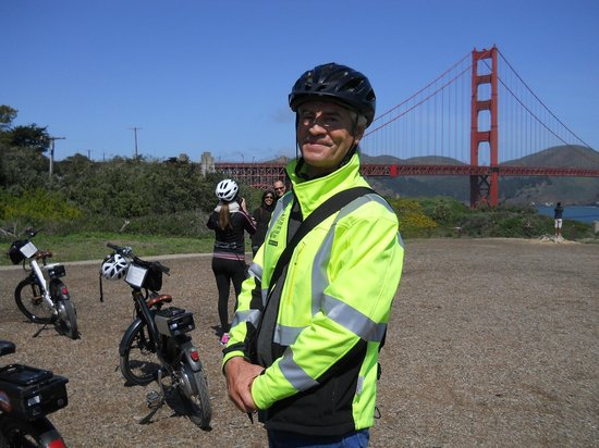 Electric Bike Tour Over the Golden Gate: Our awesome guide. Thanks Johannes!