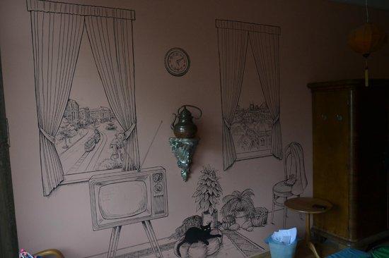 Lavender Circus Hostel: camera1