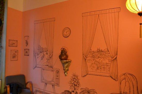Lavender Circus Hostel: camera2