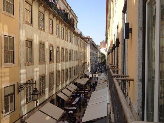 Hotel Santa Justa: Vista desde el 2do piso, hacia Praça Figueira