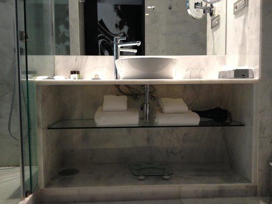 Hotel Santa Justa: Baño