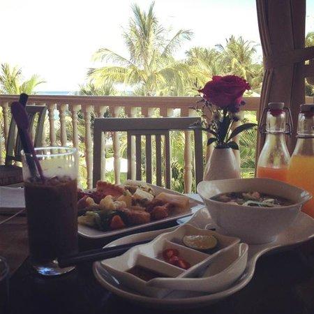 La Veranda Resort Phu Quoc - MGallery Collection: Breakfast on the veranda