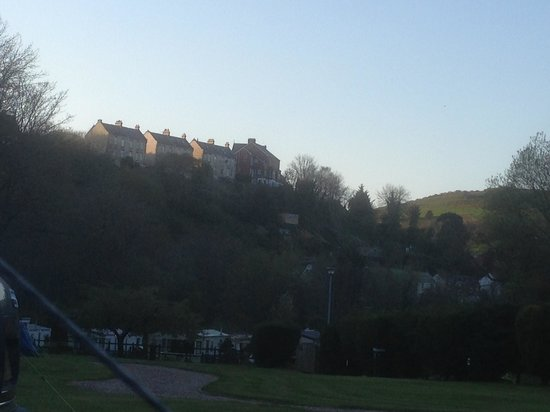 Hele Valley Holiday Park: Another view from the pitch