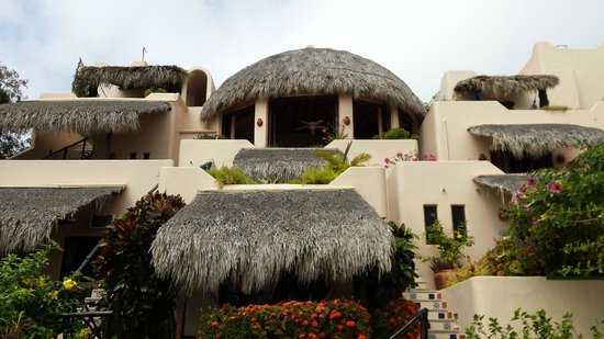 Agua Azul La Villa: Внешний вид виллы (в центре лобби и место для завтраков)