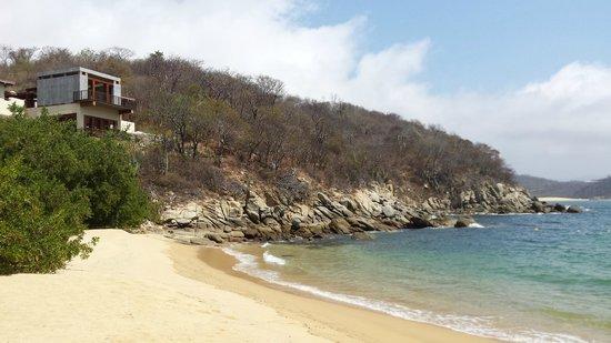 Agua Azul La Villa: Другой берег моря