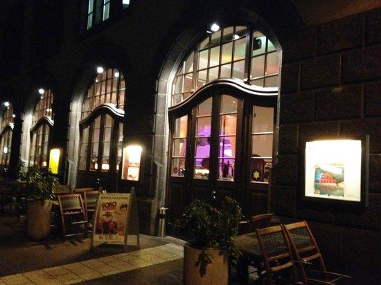 Der bar bereich im vorderen eingangsbereich innen   bild von ...