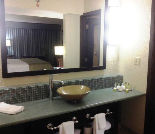 Bathroom Vanity Picture Of Doubletree By Hilton Orlando At Seaworld Orlando Tripadvisor