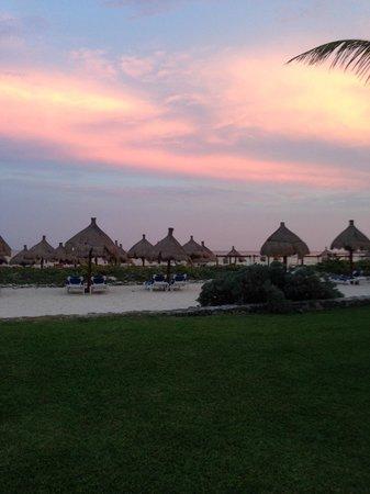 Grand Bahia Principe Tulum : la plage au couchée du soleil