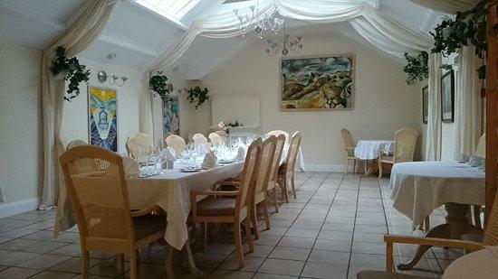 Centre of Britain Hotel: Dining room