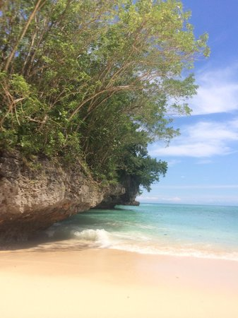 Padang Padang beach. A nice, photogenic beach you should visit. It would have received 5 stars i