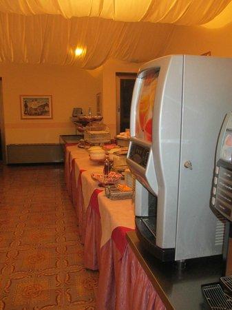 Crocioni Hotel Rizzi: Buffet Colazioni