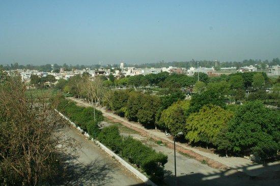Holiday Inn Amritsar Ranjit Avenue: View from bedroom 109